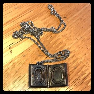 Jewelry - Vintage Silver Book Locket with Spiral Rope Chain